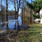 Ośrodek wypoczynkowy Dolina Bugu zalany.